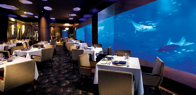 Romantic places to dine Ocean Restaurant