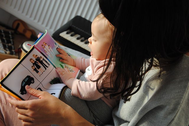 benefits of teaching baby to read