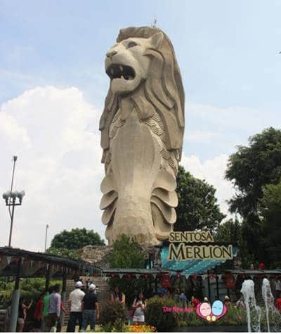 giant merlion at sentosa