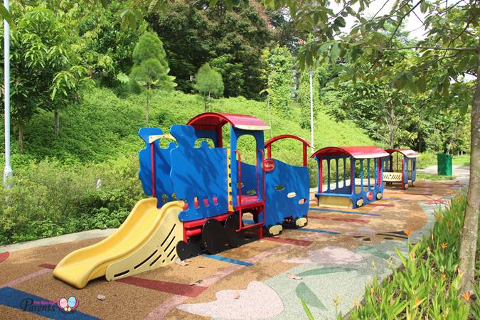 train playground rumah tinggi eco park