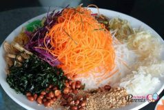 How To Lo Hei Yu Sheng
