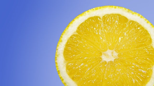 lemon - cleaning with natural ingredients