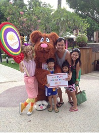 sentosa meet and greet baby bear and goldilocks
