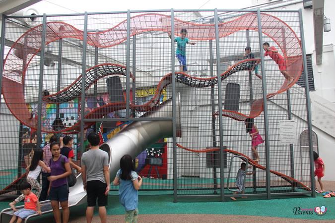 junction 8 vertical playground