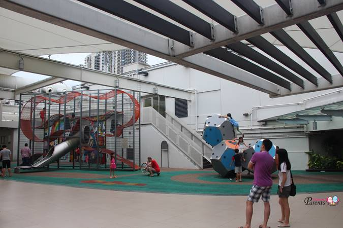 vertical and rock climbing junction 8 playgrounds singapore