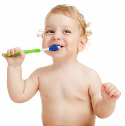 best age for baby to brush teeth