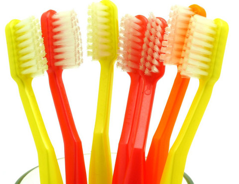 Choosing The Right Toothbrush And Toothpaste For Children