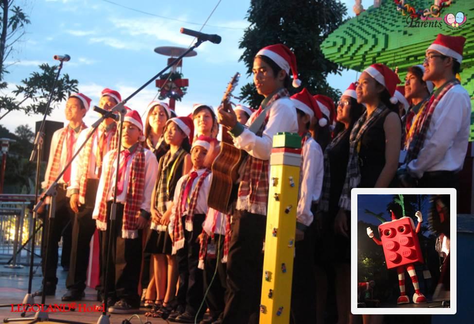 christmas carolling at LEGOLAND Theme Park
