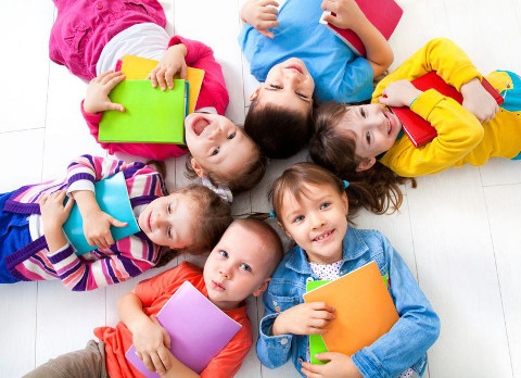 Choosing Between Childcare And Grandparents