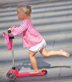5 reasons why your child should use a scooter