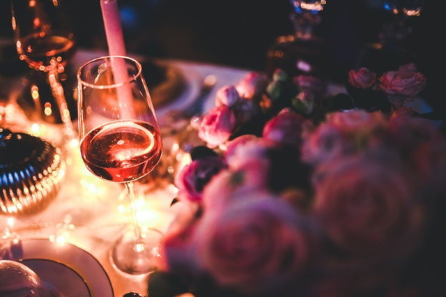 Romantic And Family-Friendly Restaurants To Dine