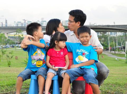 Sengkang Babies Family Potrait