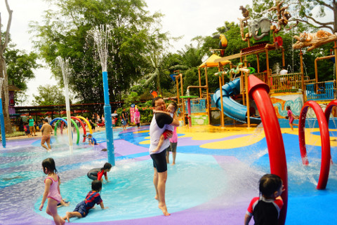 The Rainforest Kidzworld, Singapore Zoo - Deena Huang