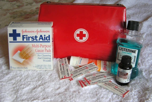 first aid box at home
