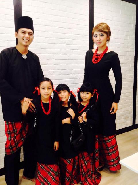 Diah's family