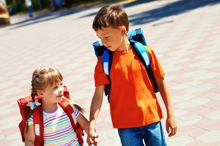 How To Keep Track Of Your Kids When School Starts
