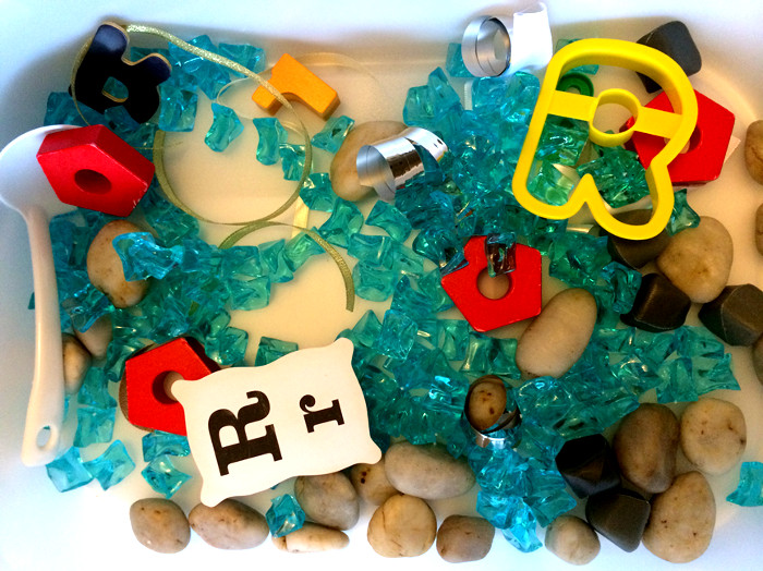 creating sensory bin for kids