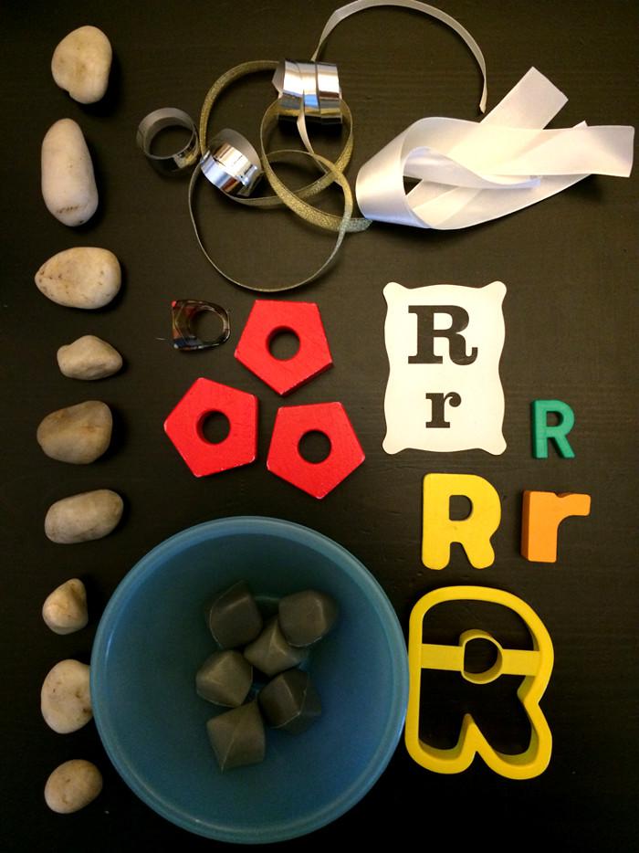 materials for sensory bin