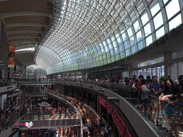 MBS shopping mall in singapore