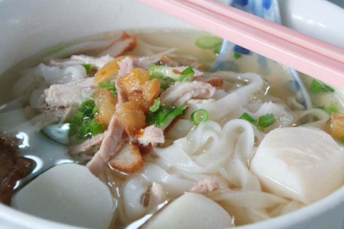 Fishball soup noodles