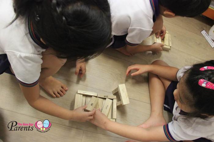 little skool house review - Building blocks