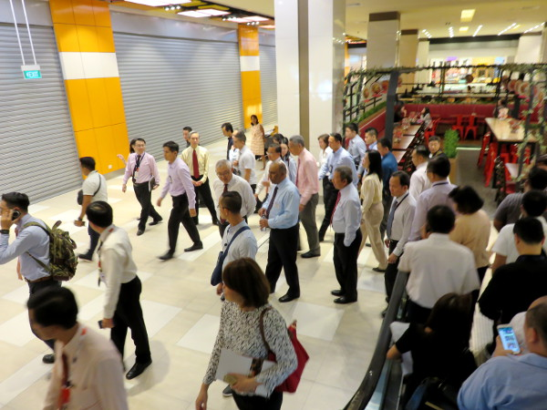Opening day of Warehouse Club by PM Lee Hsien Loong