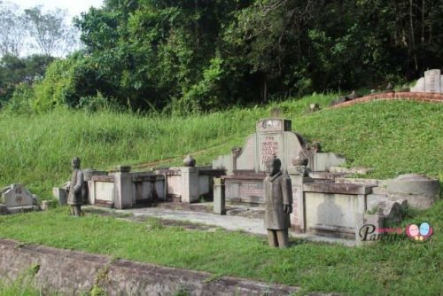 Bukit Brown Cemetery Chinese Tomb