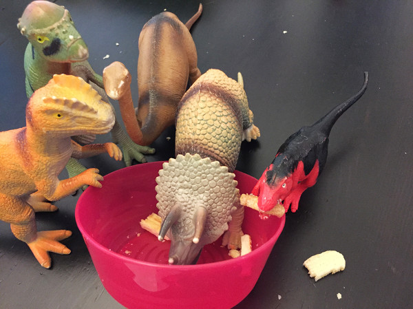 When Dinosaurs Come Alive At Night: Dinosaurs eating