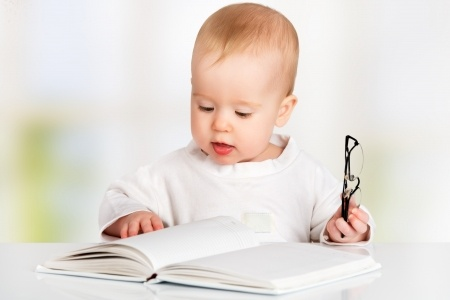 when should i start reading to my baby
