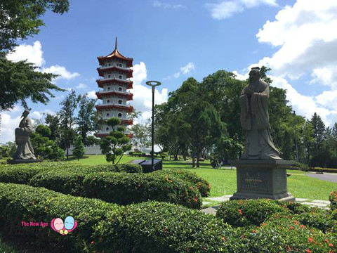 8 heros and 7 storey pagoda