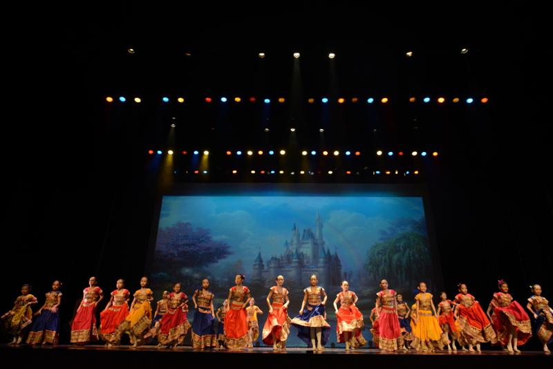 Crestar School of Dance