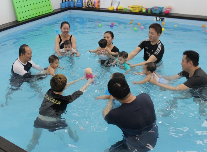 Infant Swimming in Singapore - little splashes swim school