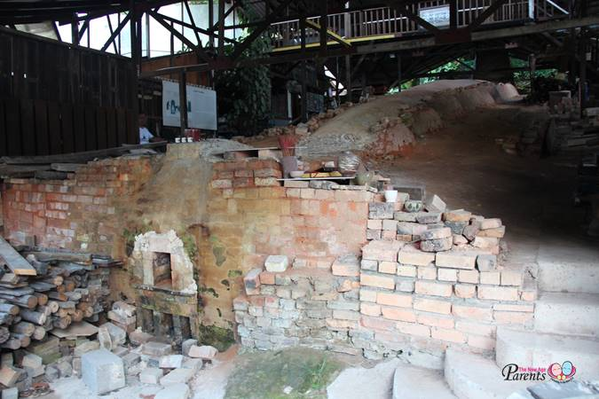 front view of the last dragon kiln in jurong singapore