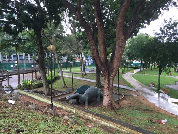 special design playground at fu shan park singapore
