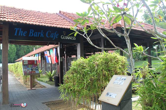 the bark cafe at changi museum