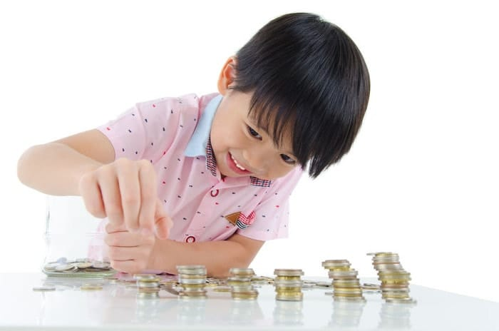 How Much Allowance Should You Give Your Child