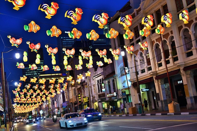 chinatown street light up