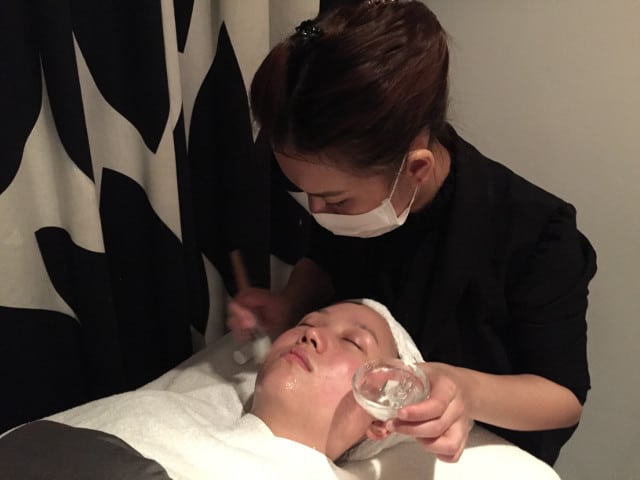 haach perfect v facial treatment