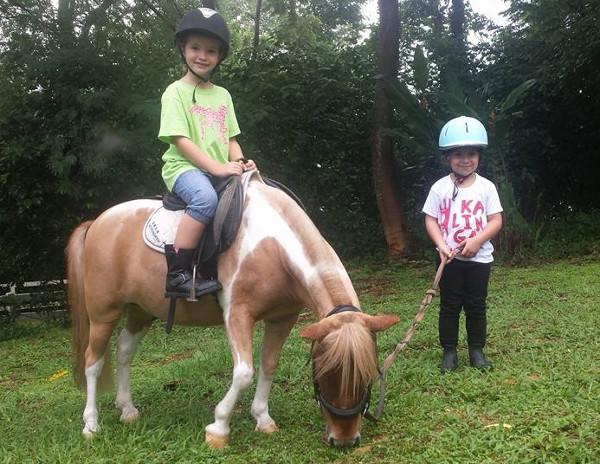 ponyrides-for-kids-singapore-national-equestrian-centre