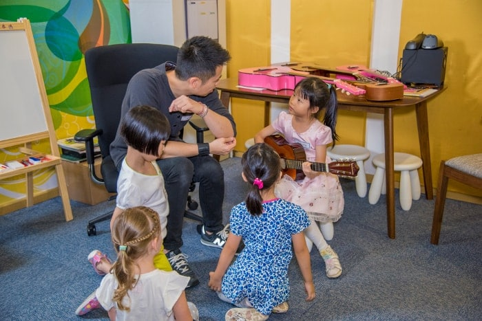 how-to-get-children-interested-in-music