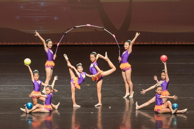 crestar-school-of-dance-concert-rhythmic-gymnastics