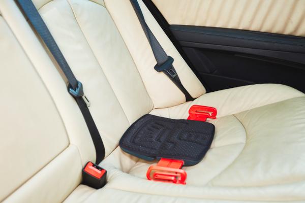 GrabCar mifold booster seat