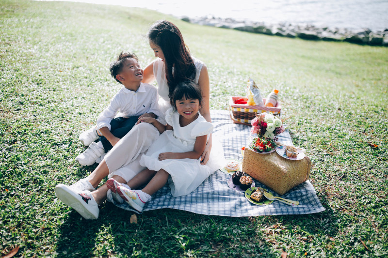 Yen Lim of Madam Partum and her two kids