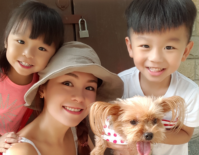 Yen Lim with her two children