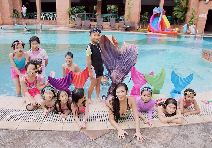 Learn how to be a mermaid - Mermaid classes Singapore