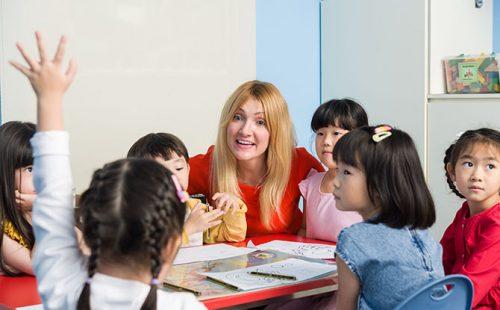 English Explorers by Lorna Whiston Schools