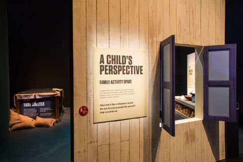 a childs perspective war witness exhibition