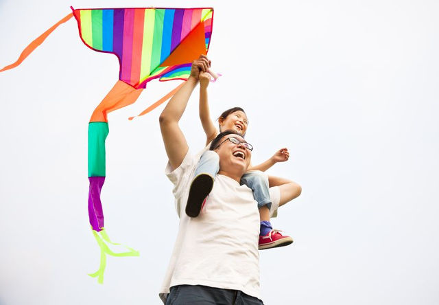 best places to fly kite in singapore