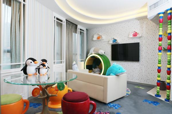 Dorsett Wanchai Hong Kong Hotel Ocean Suite Living room