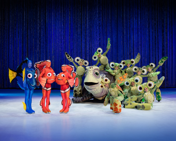 Nemo and Dory Disney on Ice